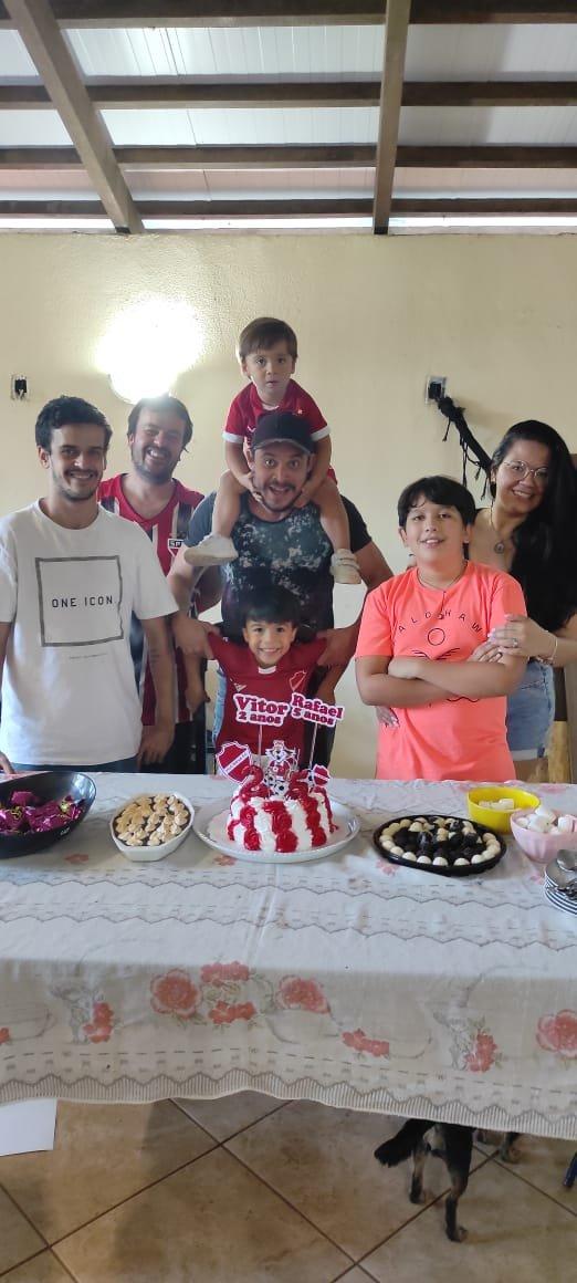 A hora do Parabéns! com a família